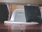 东国大学师范学院女生厕所偷窥