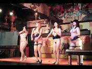 县城某洗浴中心午夜场人气爆棚有唱有跳钢管舞4位颜值还可以的妹子裸舞表演重点是乳房都是极品