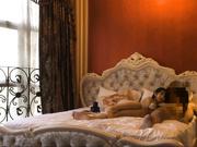 極品國模龍馨酒店超大尺度私拍 受不了被攝影師潛規則啪啪 掰開雙腿直插花心幹得嗷嗷直叫 原版高清