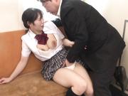 [EBOD-622] 在阴道内射精的朴素巨乳制服少女 真白ここ - 2of5